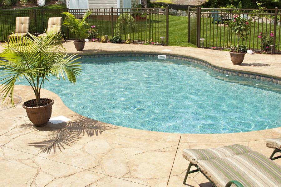 Piscine da giardino interrate prezzi finest mini piscine - Piscine semi interrate prezzi ...