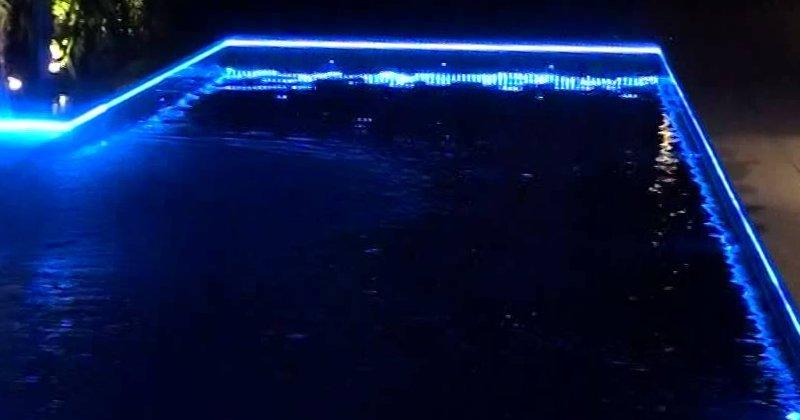 Illuminazione della piscina